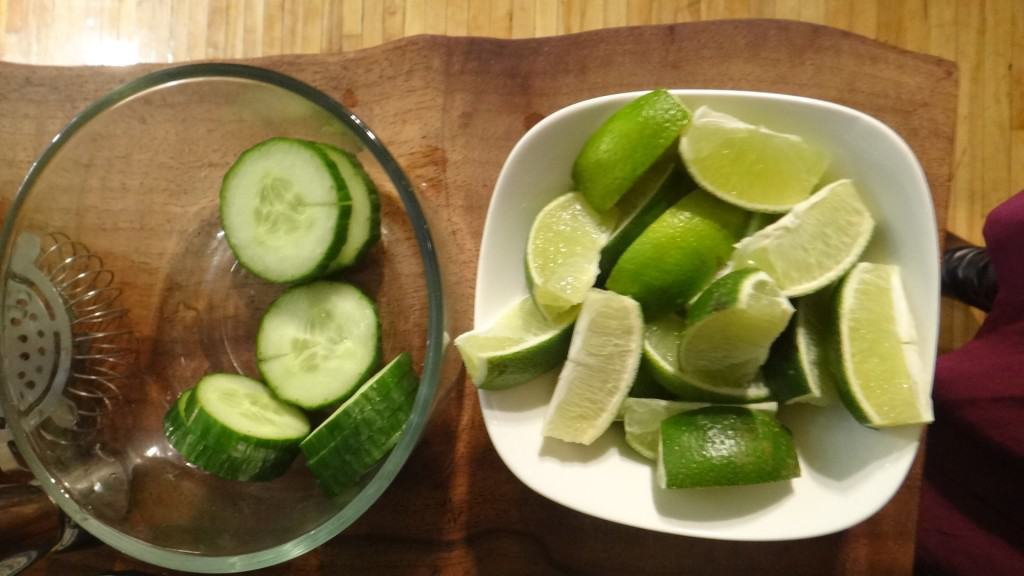 Pepino y limón verde o lima
