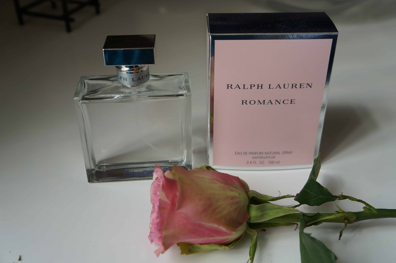 Romance, perfume y flores