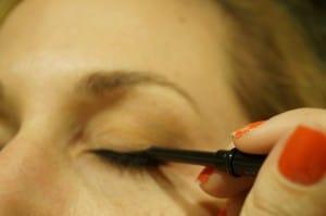 maquillaje de ojos con productos Mary Kay