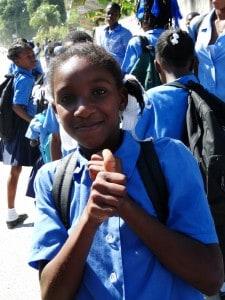 Niño en Haití