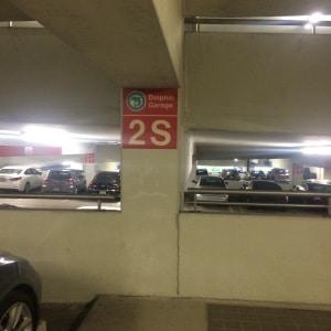 Estacionamiento en aeropuerto