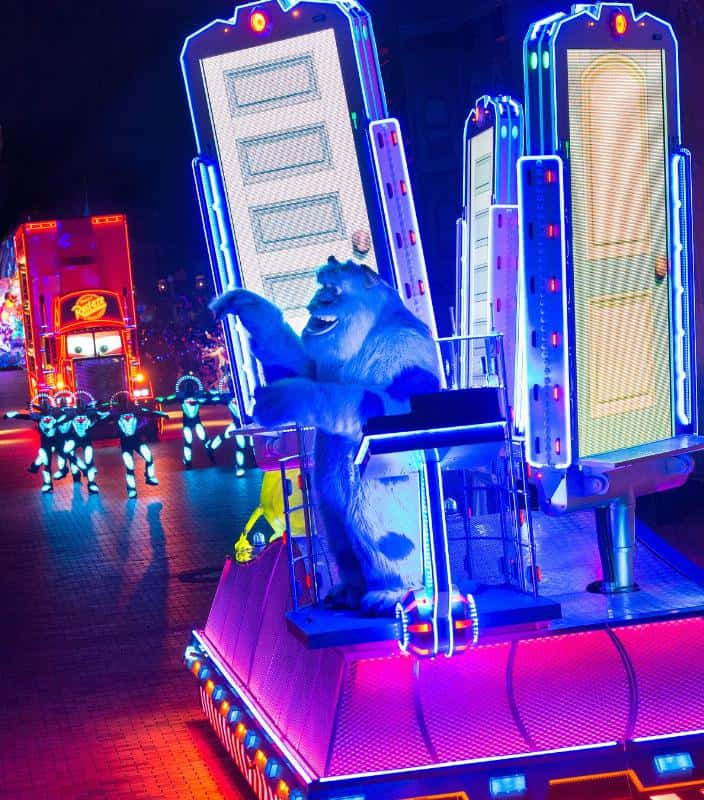 Disneyland Resort - Sulley in Paint the Night