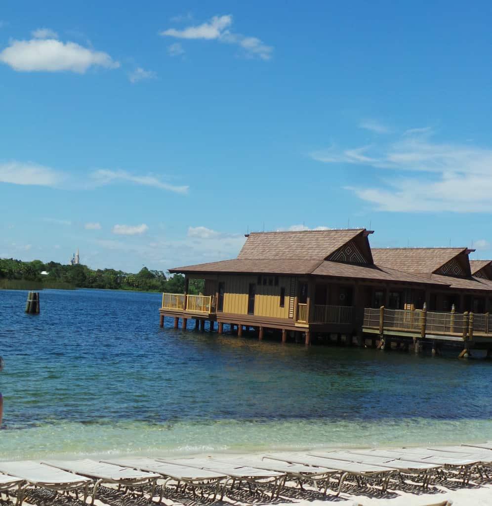 Conoce los nuevos bungalows sobre el agua en walt disney for Bungalows sobre el agua en mexico