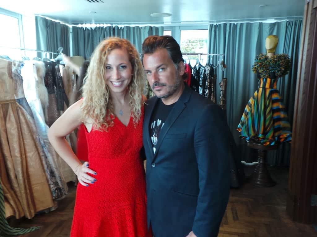 Oscar Carvallo y Jeannette Kaplun en evento de moda