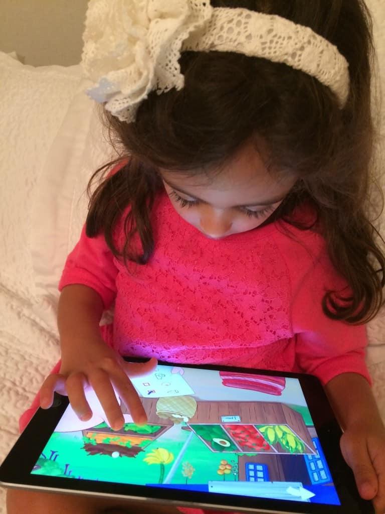 Descubre qué saber antes de que tu hijo use apps o aplicaciones móviles