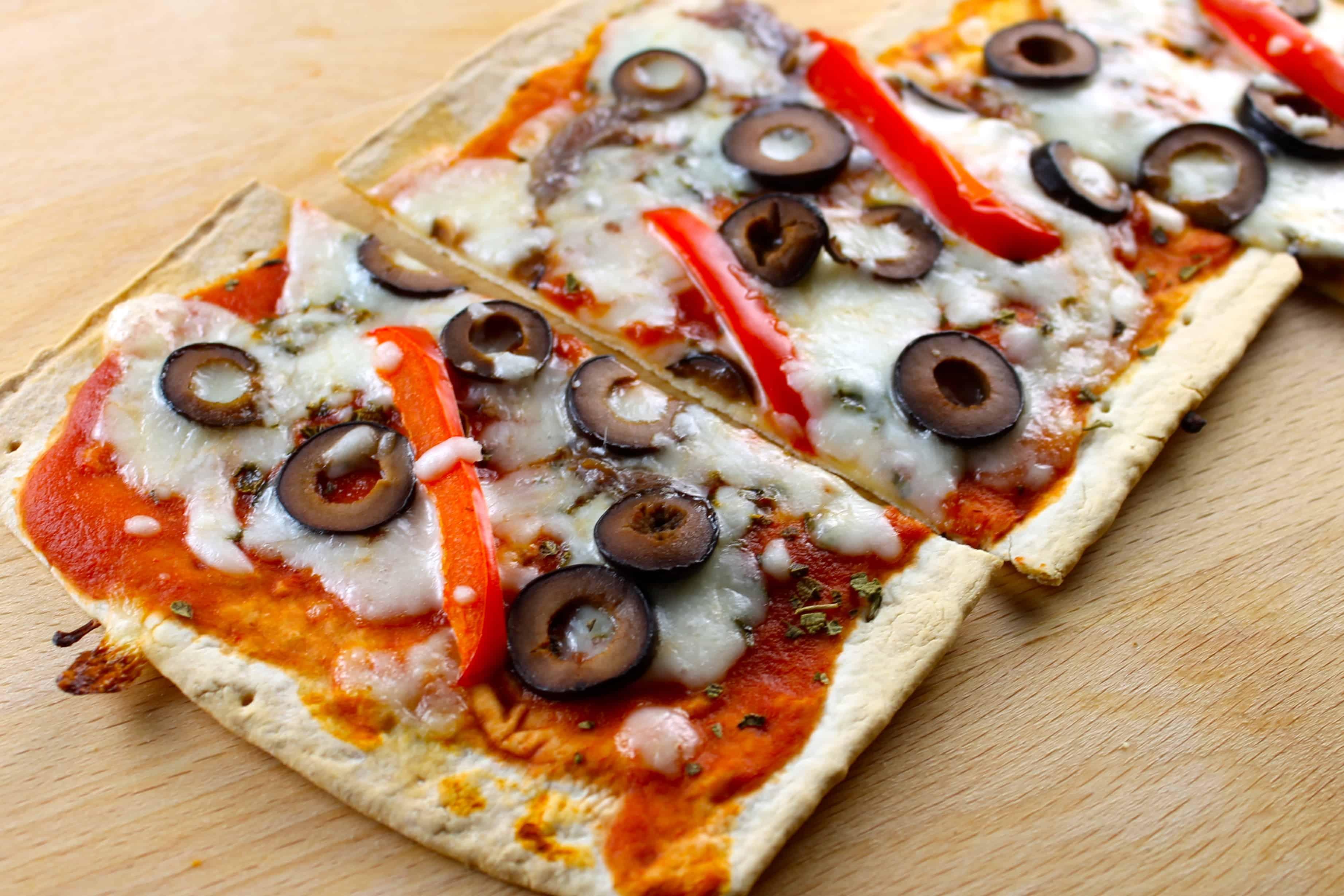 4 irresistibles recetas de pizza tipo flatbread - Hispana Global