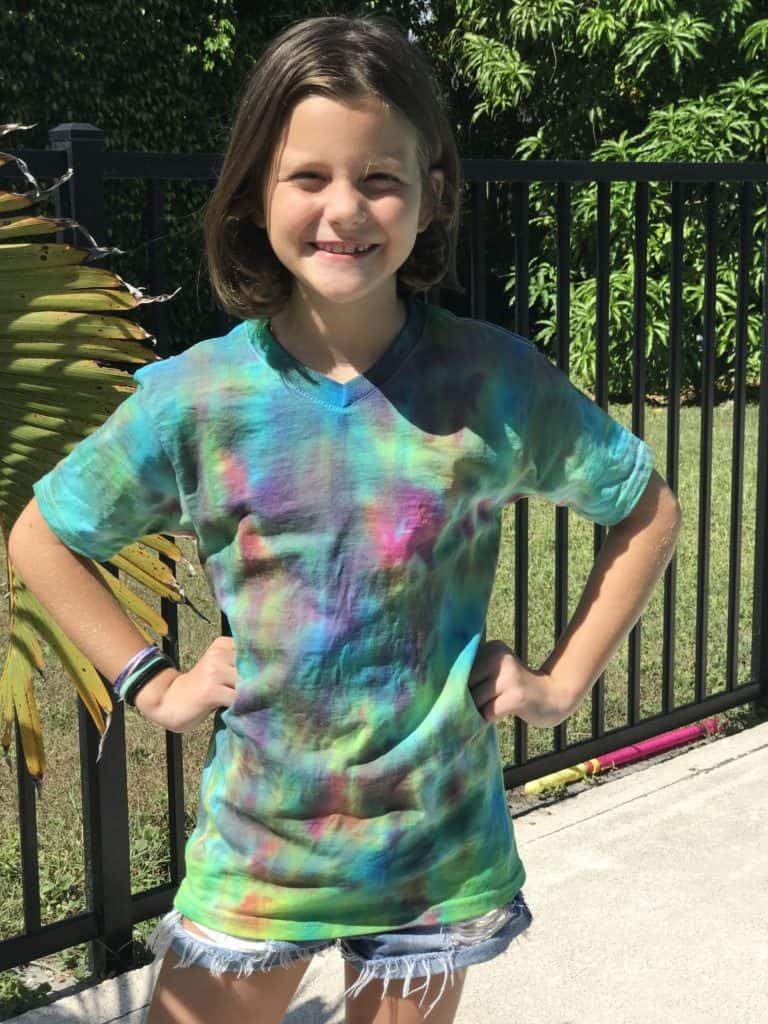 Manualidades fáciles: cómo teñir una camiseta o franela tie dye