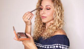 Cómo maquillarte los ojos usando tonos del atardecer y sombras Urban Decay NAKED Heat