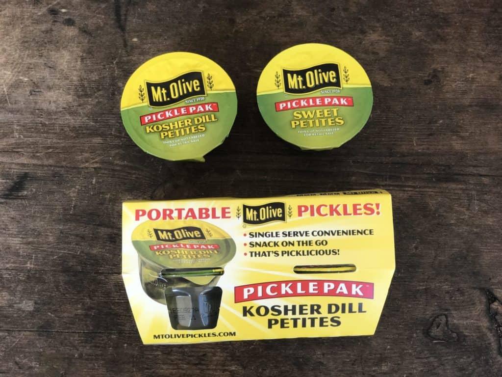 Portable Pickles con una opción de merienda para la lonchera