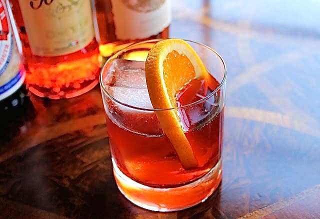 Negroni, cocteles de otoño, trago, vaso corto