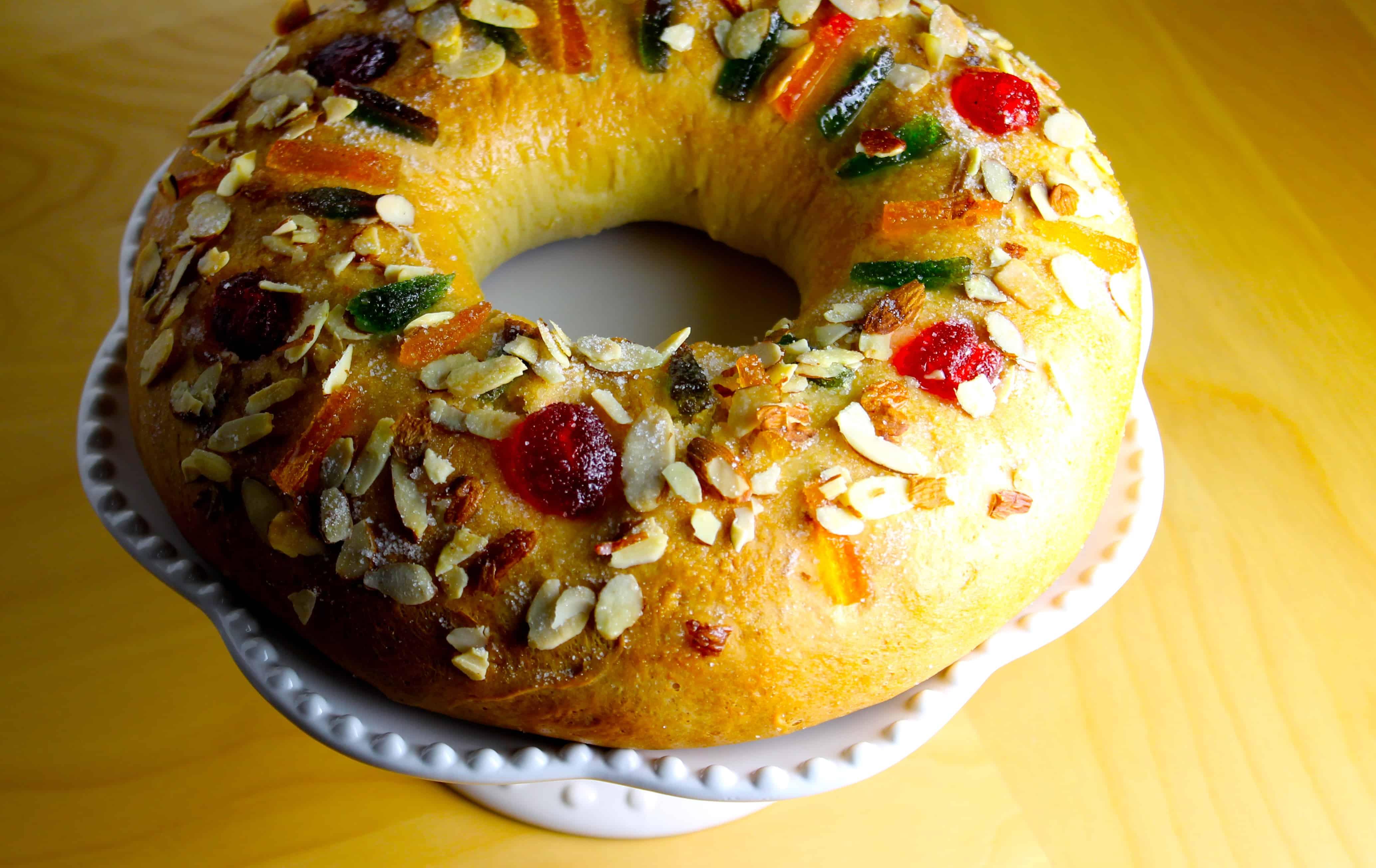 Dibujo De Rosca De Reyes Para Colorear: Rosca De Reyes Para Colorear