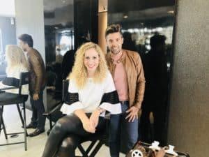 Gabriel Samra y Jeannette Kaplun dan consejos para cabello rizado