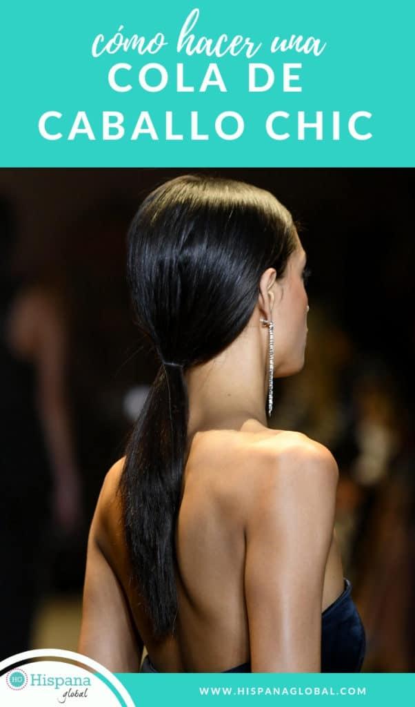 Si quieres aprender un peinado ultra chic para cabello lacio, esta cola de caballo estilizada caysó furor en NYFW. Te damos las instrucciones paso a paso.