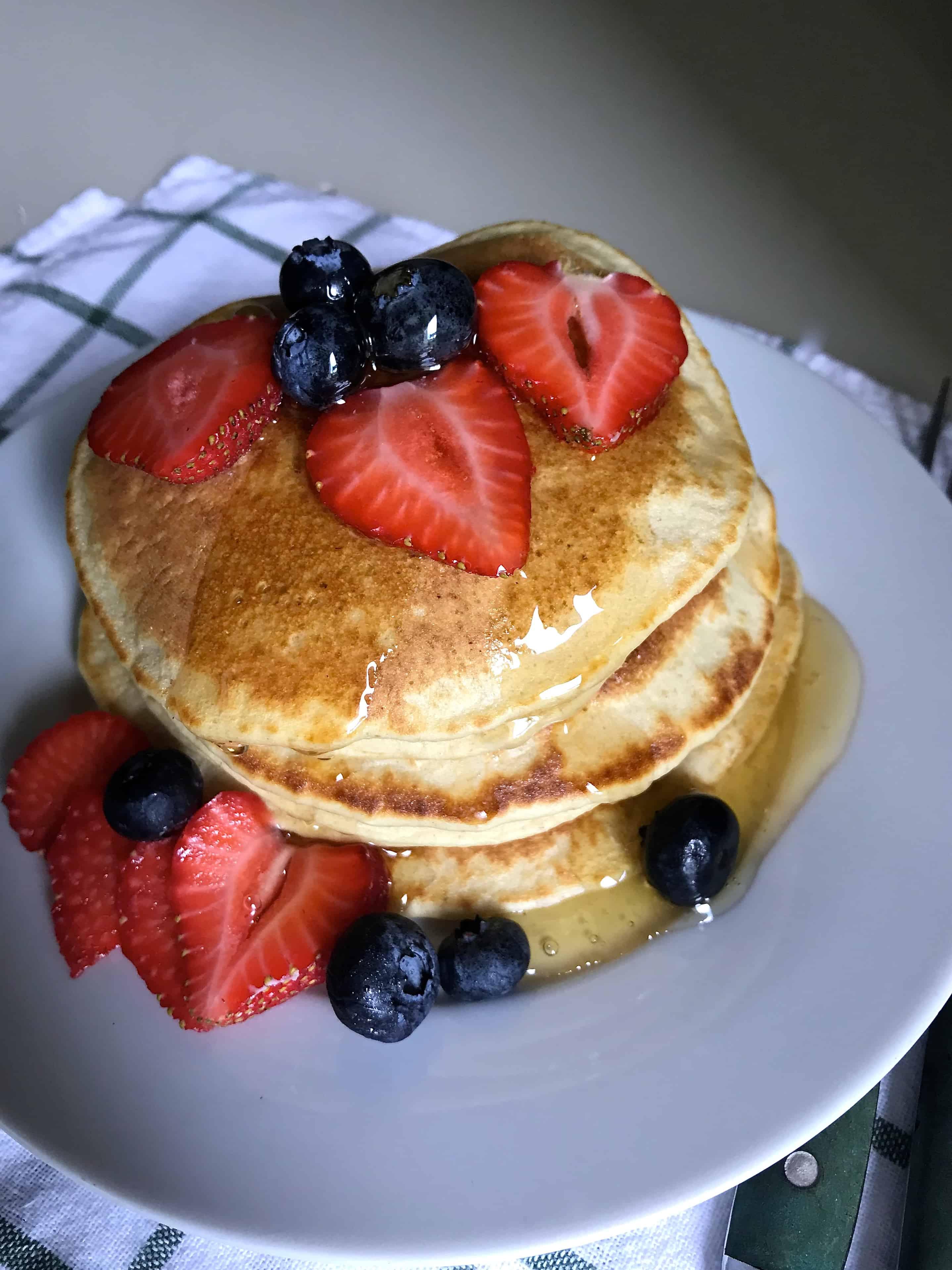 ¿Qué puede ser mas delicioso que desayunarse con pancakes, hot cakes, panquecas o panqueques? ¡Pues que además de sabrosas, sean nutritivas y llenas de fibra!