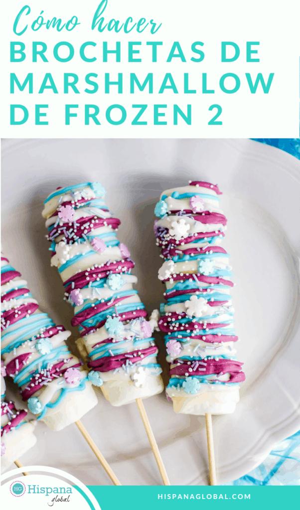 Este postre es delicioso y adorna la mesa de cualquier fiesta inspirada en Frozen 2. ¡Aprende cómo hacer brochetas de malvavisco o marshmallows!