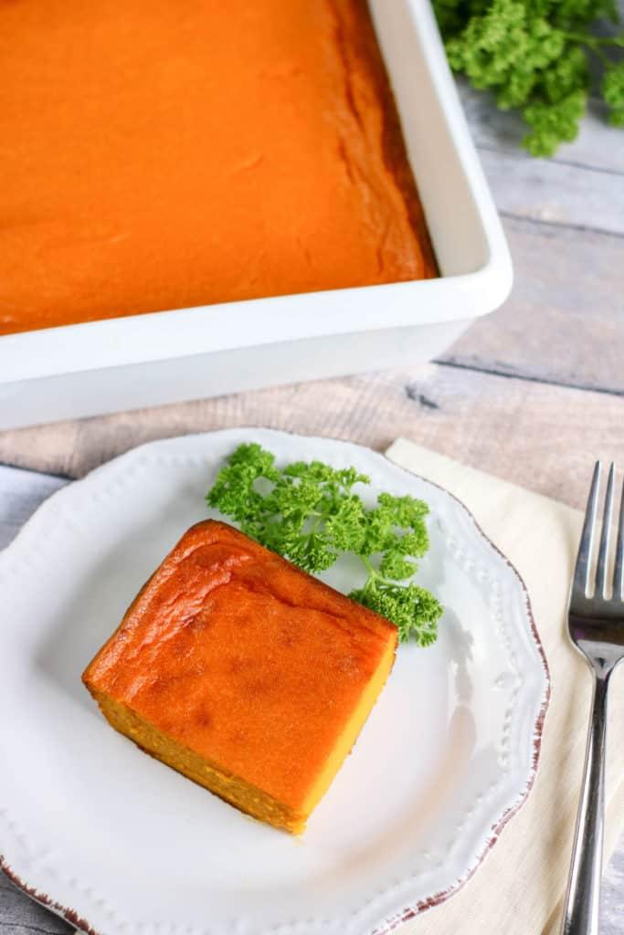 Aprende cómo preparar un delicioso soufflé de zanahoria en pocos minutos. ¡Prueba esta receta vegetariana que es riquísima!
