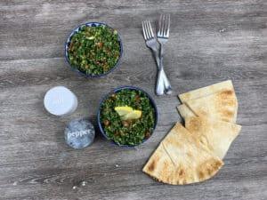 Esta receta de tabulé o tabbouleh es fácil de preparar e ideal para compañar con pan pita.