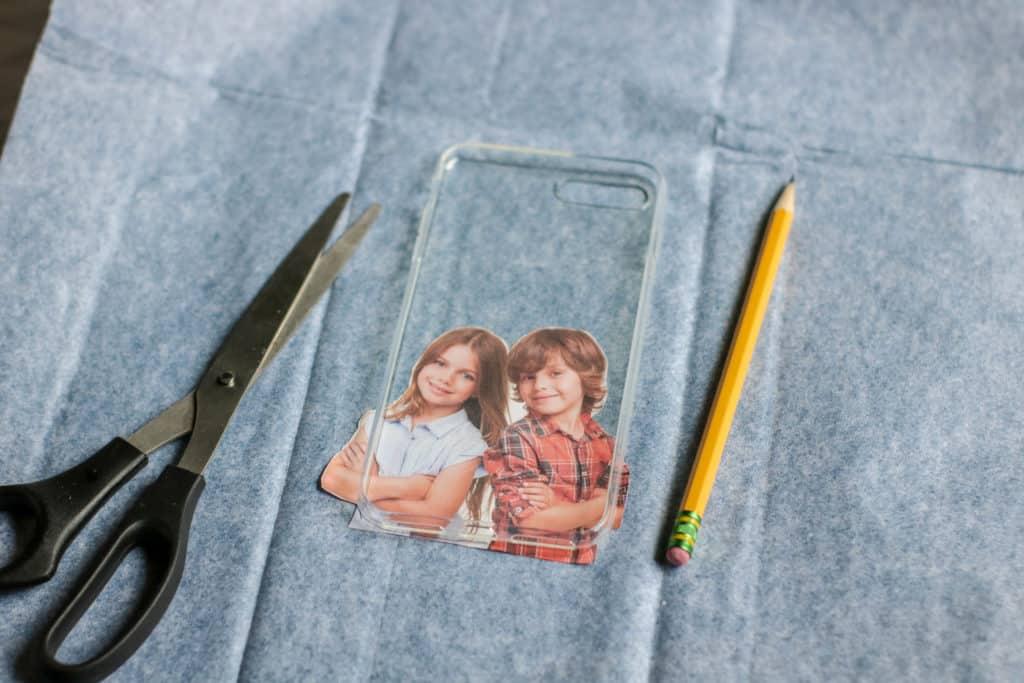 Instrucciones para hacer carcasa personalizada para el móvil
