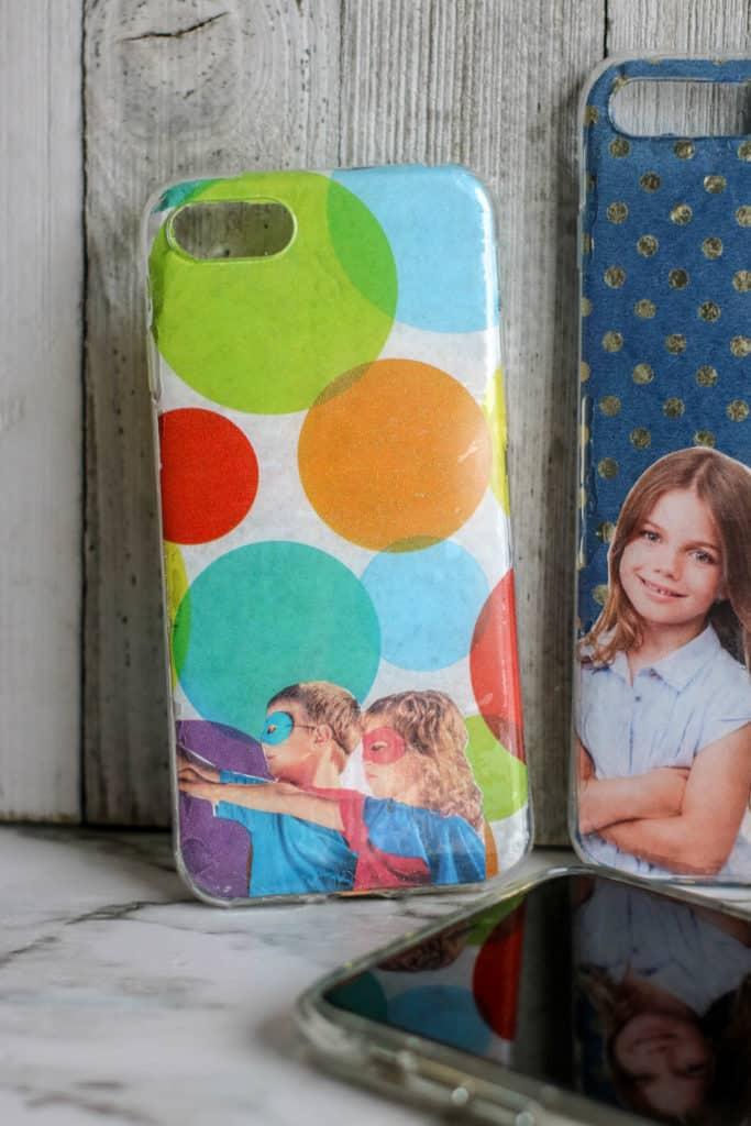 Cómo hacer fundas o carcacas personalizadas para teléfonos móviles