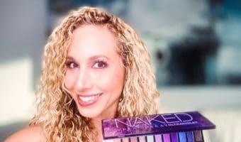 Aprende cómo hacer un bello maquillaje de ojos usando Urban Decay Naked Ultraviolet palette. ¡Es muy fácil!